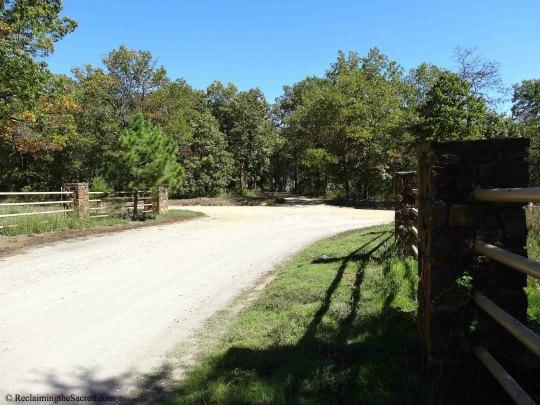 Gate&NunsDriveway
